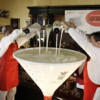 Cuban mixologists whip up world's largest daiquiri