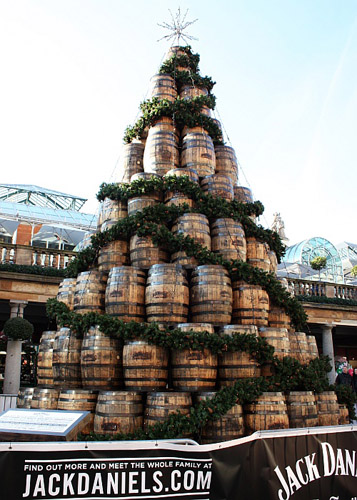 jack-daniels-barrel-tree-covent-garden